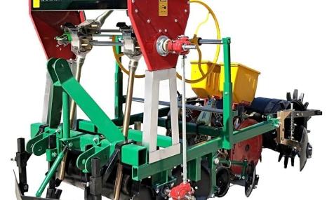 得利新2MTB-1/2型机械式精量甜菜铺膜播种机