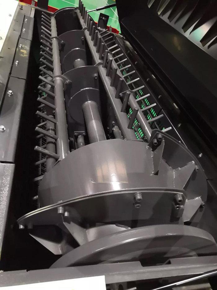 久保田4LZ-4A8(PR01008Q)全喂入式聯合收割機