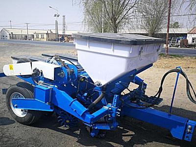 雙遼眾智2BMZF-2免耕指夾式精量施肥播種機