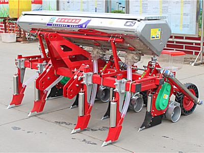 农哈哈2BYF-4A玉米精量播种机