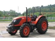 M704K轮式拖拉机