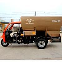 青島三合9SLJ-05攪龍式撒料車