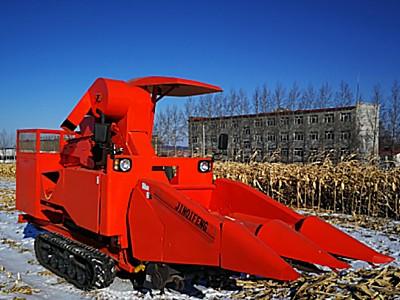 吉林啟豐4YZP-2A型自走式玉米收獲機
