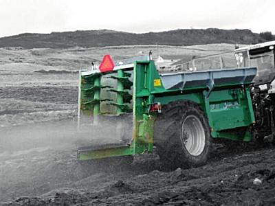 Samson(薩姆森)SP系列固體糞肥撒肥機
