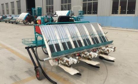 同方2ZF-6乘坐式水稻插秧机