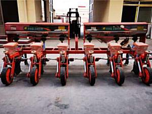 河北神禾2BYMF-6玉米施肥精量播种机