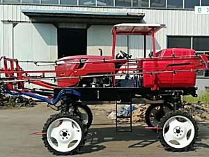 青州大丰3WPZ-1000A型自走式喷杆喷雾机