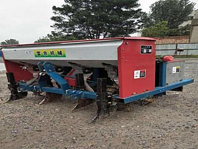 富農機械2BS-6穴播機