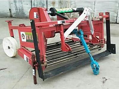 富農機械4UW-153馬鈴薯挖掘機