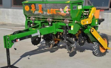 华夏2BMF-3免耕精量施肥播种机