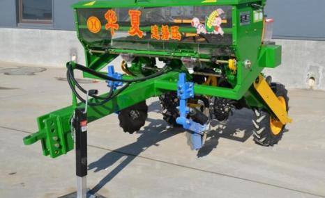华夏2BMF-2免耕精量施肥播种机