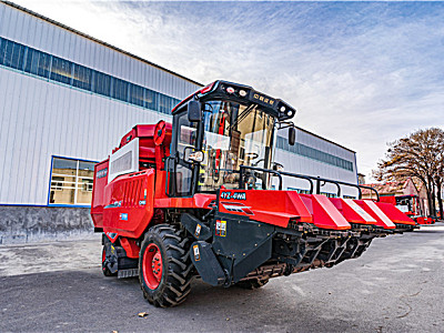 2021款中聯收獲4YZ-4WA自走式玉米聯合收割機