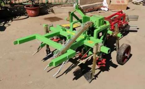 黑山建國4HW-2(990)型花生挖掘機
