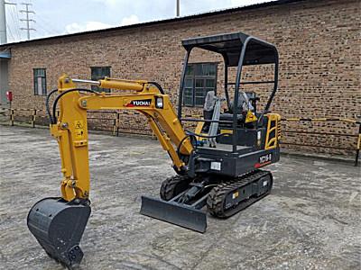 玉柴重工YC16-9農用挖掘機
