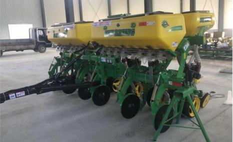 東方太陽升2BQMJ-6牽引式免耕施肥播種機