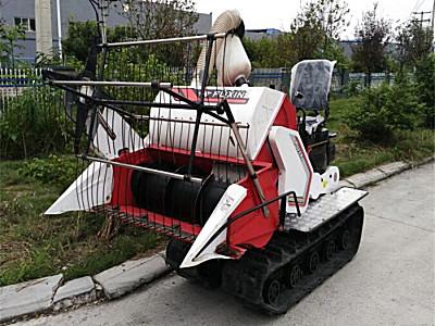 富牌農機4LZ-0.6-D谷物聯合收割機