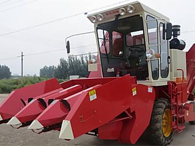 雷沃谷神CB03(4YZ-3K1)玉米收割機