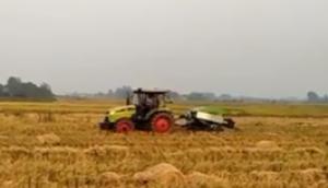 秸稈禁燒秸稈綜合利用之湖北沙洋草場打捆現場--上海世達爾方草捆打捆機