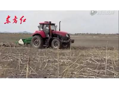 东方红CF1404-1504拖拉机作业视频