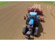 纽荷兰T7.235+T8.390+T8050(400BHP)+格立莫GL860马铃薯种植机作业视频
