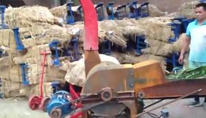 牧昌9R-600型秸秆揉丝机作业视频