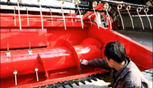 攪龍葉片調整-春雨4LZ-7小麥收獲機的調整保養