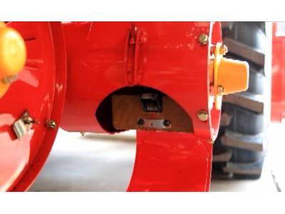 升运链耙调整--春雨4LZ-7小麦收获机的调整保养