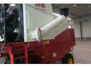 卸粮筒的使用与保养--春雨4LZ-7小麦收获机的调整保养
