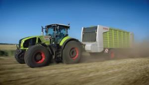 科乐收AXION 900系列拖拉机作业视频