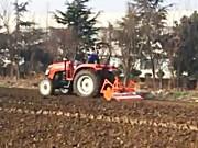 英格索兰秸秆还田灭茬旋耕机作业视频
