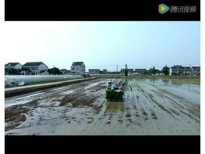 久保田SPV6CMD高速插秧机保养视频(上)