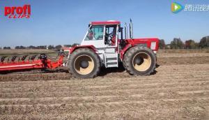 巨无霸的Schlüter拖拉机作业视频