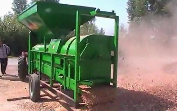 福麟5TY-180玉米脫粒機作業視頻