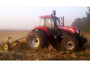 東方紅1604拖拉機作業視頻