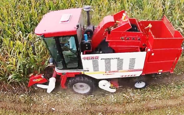 郑州中联收获4YZ-3B玉米收获机视频