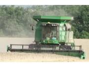 约翰迪尔新S690I玉米收割机产品宣传