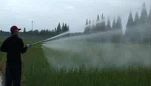 担架式高效宽幅远射程机动喷雾机使用方法