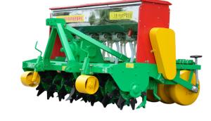 大華寶來三角刀式免耕施肥播種機作業視頻