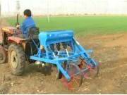 小麥壟作播種機使用與維護