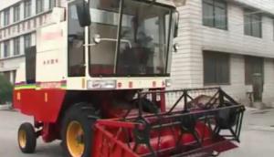 小麥玉米兩用收獲機的使用與維護