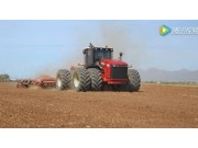 Versatile公司4WD拖拉机