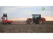 versatile公司350型折腰转向拖拉机