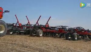 versatile公司500型折腰转向拖拉机