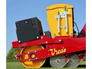 Vredo公司SUPERcompact草坪播种机-作业视频