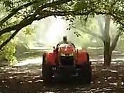 久保田M5L系列园林拖拉机-作业视频