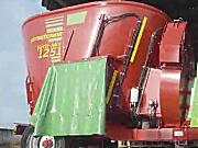斯特劳曼Verti-Mix1251牵引式饲料搅拌机-作业视频