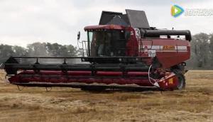戈梅利GS14系列聯合收割機收麥子