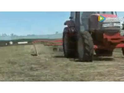 库恩GA系列旋转式搂草机