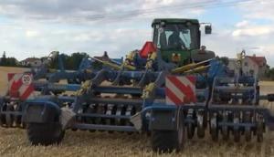 Farmet公司Triolent TX470PS网站整地机-作业视频