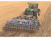 Farmet公司Turbulent联合整地机-作业视频